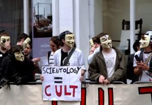 Une manifestation contre la Scientologie à Londres (© Charlotte Leaper   Dreamstime.com).