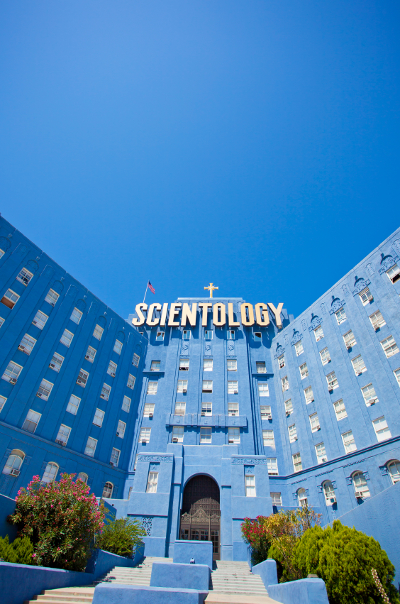 Los Angeles, USA: le bâtiment de l'Église de Scientologie sur le Sunset Boulevard. (© 2011 LPETTET - via iStockPhoto).
