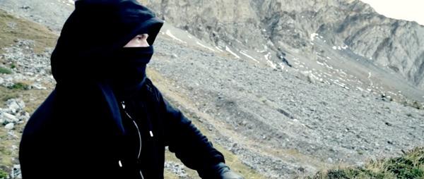 Il regarde le paysage... (video du CCIS)