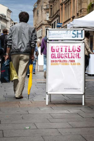2015 02 gottlos glucklich
