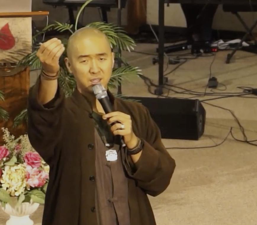 Hyung Jin Moon durant sa prédication du dimanche 20 septembre 2015.