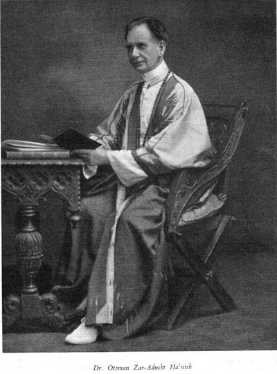 Le fondateur du mouvement Mazdaznan.